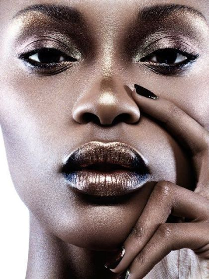 Photo credit: Untitled photo of gold makeup on dark skin Retrieved January 30, 2016 fromhttps://www.pinterest.com/pin/104990235035959294/
