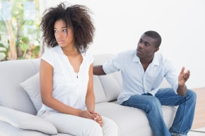 5 RELATIONSHIP HABITS YOU SHOULD LEAVE IN THE PAST